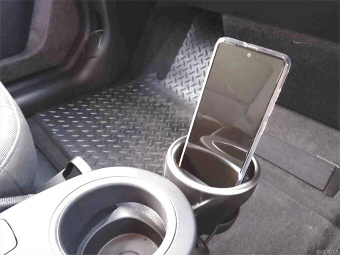 Подставка для телефона с разъемом USB
