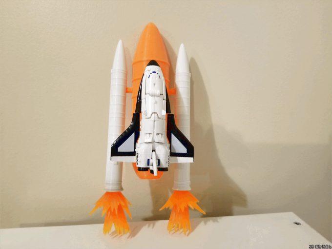 Стартовая площадка и ракеты
